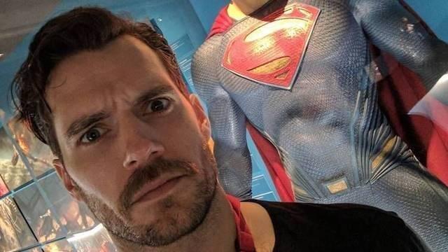 Superman le dice adiós a su bigote... y sin CGI