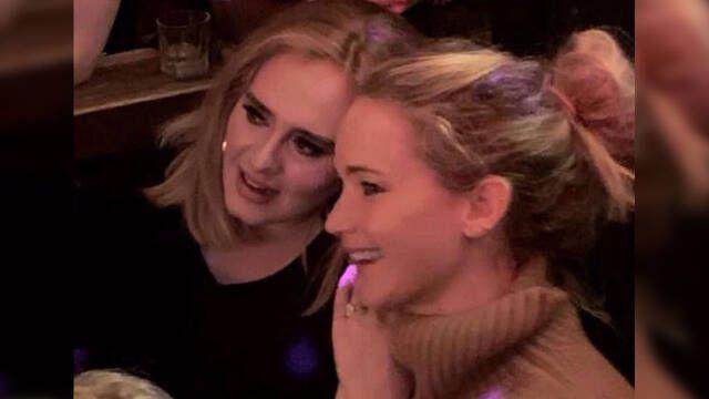 Jennifer Lawrence y Adele disfrutaron de una fiesta en un bar gay de NY