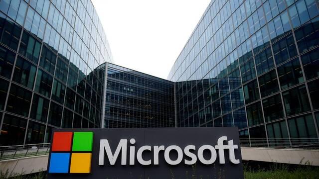 El hacker que atacó Microsoft y Nintendo, condenado a 15 meses de cárcel
