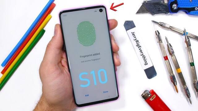 Destrozan el Samsung Galaxy S10 para comprobar su durabilidad