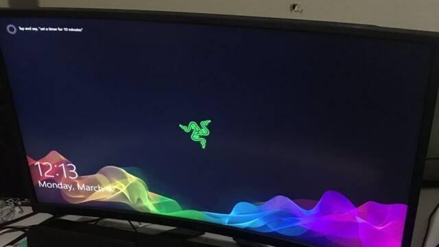 Un monitor recibe un balazo y sigue funcionando sin problemas