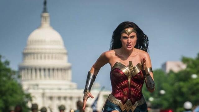 Wonder Woman 1984 podría dar el salto al streaming sin pasar por taquilla