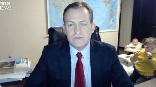 El famoso 'BBC Dad', que se convirtió en viral, vuelve a nosotros en un nuevo vídeo