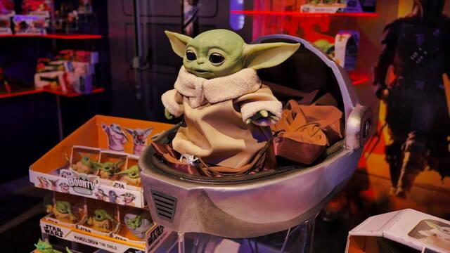 Hasbro: 'El coronavirus puede poner en peligro el merchandising de Baby Yoda'
