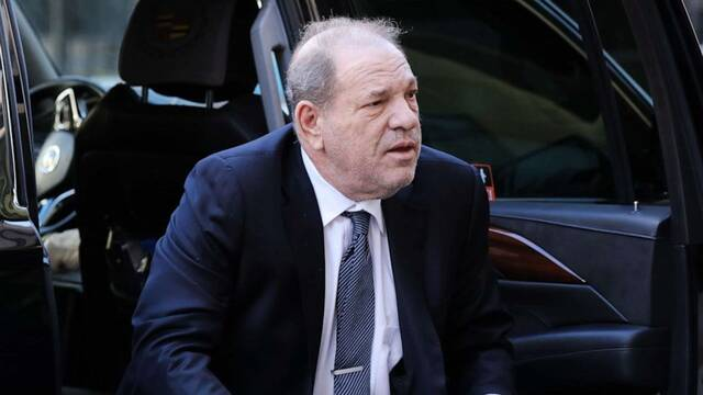 Harvey Weinstein ingresará finalmente en la prisión de Rikers tras la polémica