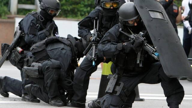 Un espectador británico se enfrentará hasta a 20 años de prisión tras una falsa denuncia de terrorismo contra un streamer
