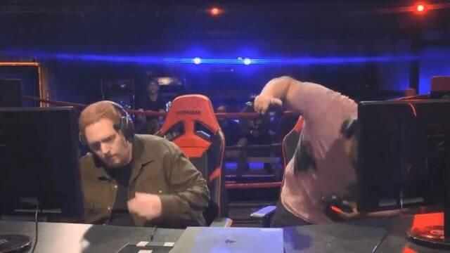 Destroza el mando de su rival tras perder un combate de Tekken 7