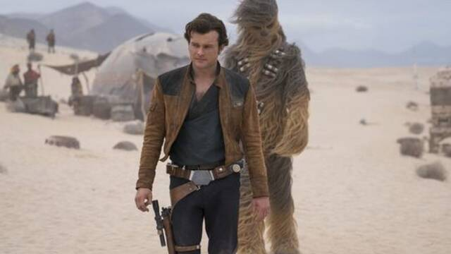Sí, Han Solo: Una Historia de Star Wars es una película romántica