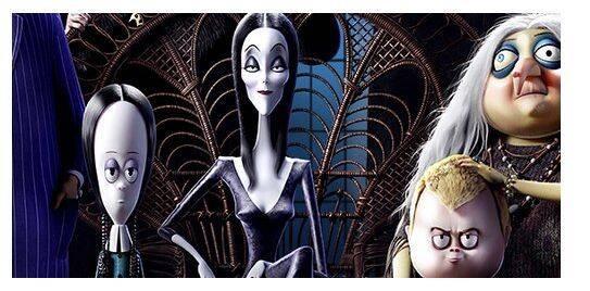 Si tu familia es rara, espera a ver el póster de 'La Familia Addams'