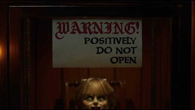 Warner revela el aterrador tráiler de 'Annabelle vuelve a casa'