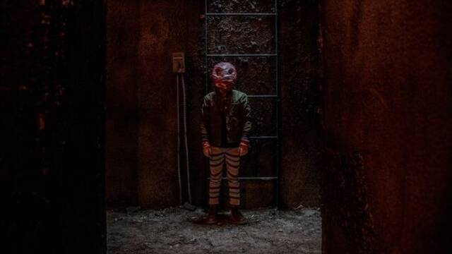 La aterradora 'Mercy Black', de Blumhouse, llega por sorpresa a Netflix