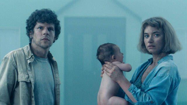 Primera imagen de Jesse Eisenberg e Imogen Poots en 'Vivarium'