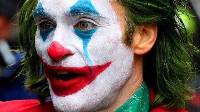 Ya conocemos el oscuro póster de 'Joker' de Joaquin Phoenix