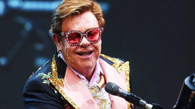 Elton John recauda 8 millones de dólares para luchar contra el coronavirus
