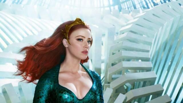La cuenta oficial de Aquaman felicita a Amber Heard y las redes sociales cargan contra ella