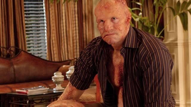 James Gunn distribuye imágenes inéditas de Slither para celebrar su aniversario