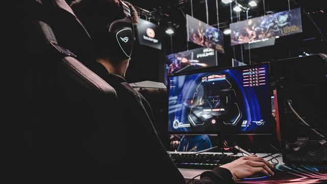 Una compañía empieza a cobrar 400$ por un examen de certificación de esports ante el debate de la comunidad