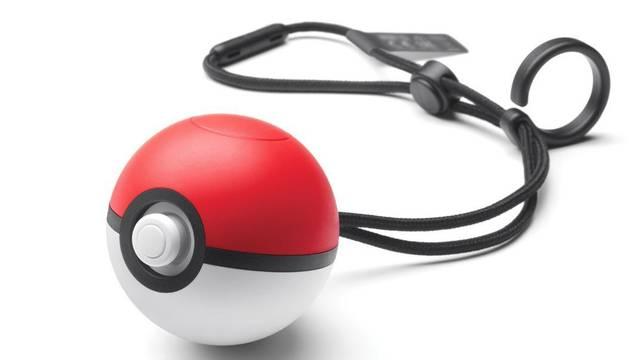 """Poké Ball Plus, el """"mando"""" con el que jugar a Pokémon en móviles y Switch"""