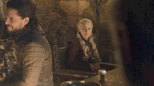 HBO se hace eco del vaso de Starbucks que se coló en 'Juego de Tronos'