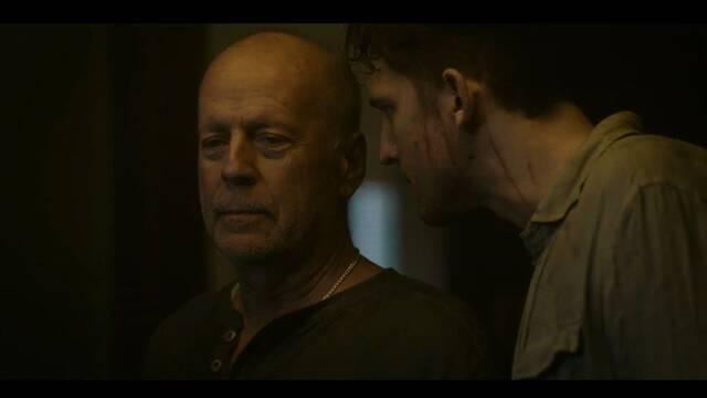 Bruce Willis lo dará todo por su familia en el thriller Survive the Night