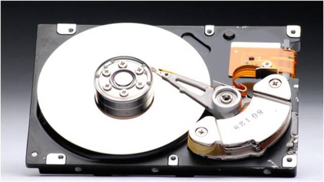 El mercado de los discos duros tradicionales sufre una caída del 8,4 % en 2021
