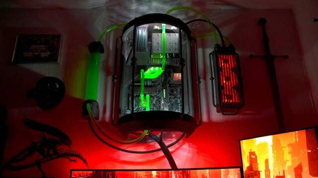 El PC Modding de los viernes: Cryo, un PC de ciencia ficción y terror al estilo Alien