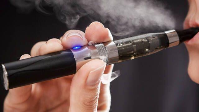 Los hackers utilizan los cigarrillos electrónicos para infectar ordenadores con malware
