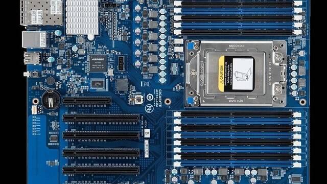 Gigabyte muestra MZ30-AR0, una placa base para procesadores AMD EPYC