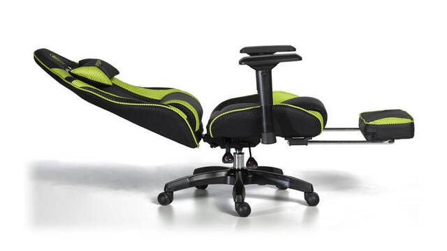 Snakebyte lanza su sillón para jugones con reposapiés