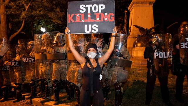 Netflix, Hulu, Disney o HBO se suman a 'Black Lives Matter' y las protestas por la muerte de George Floyd