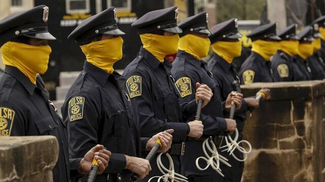 Watchmen: Su guionista no cree que la serie de HBO sea 'pro policía'