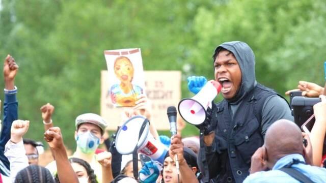 Black Lives Matter: John Boyega se une a los manifestantes en Londres