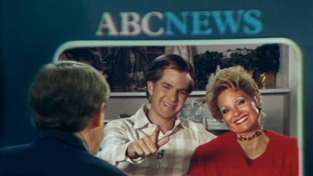 Jessica Chastain y Andrew Garfield son televangelistas en el tráiler de su nuevo trabajo
