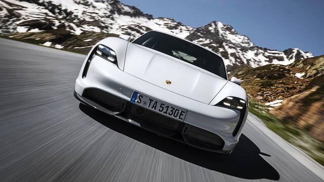 Porsche presenta una IA que adapta la música del vehículo como en los videojuegos