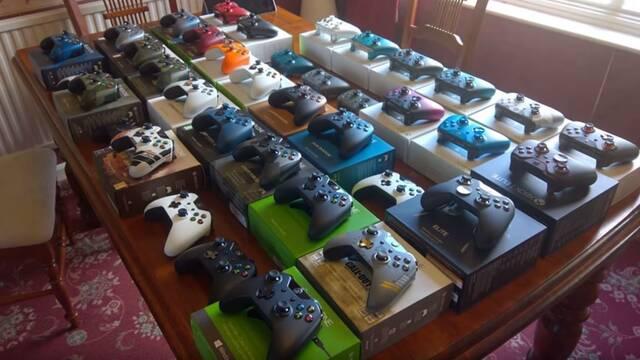 Un jugador nos muestra su colección de todos los mandos de Xbox One