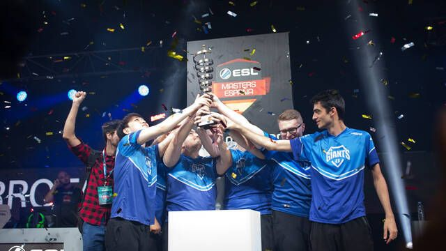 Giants se alza como campeón de ESL Masters League of Legends en Gamepolis