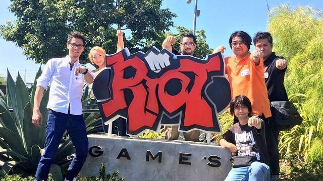 Los creadores de Dragon Ball FighterZ visitan las oficinas de Riot