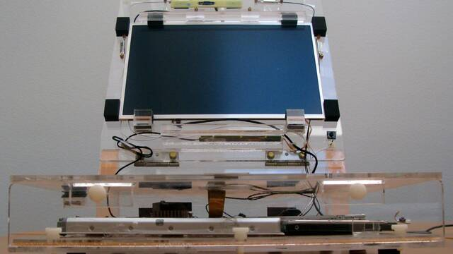 Así era un tempranísimo prototipo de un MacBook