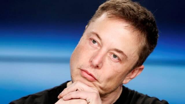Twitter bloquea las cuentas que cambian su nombre a Elon Musk