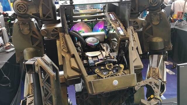 El PC Modding de los viernes: Un mecha convertido en un ordenador