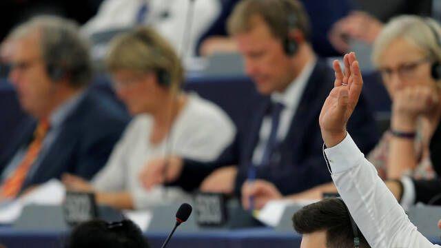 Europa rechaza la polémica reforma de derechos de autor en internet