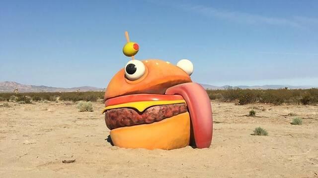 Un objeto de Fortnite aparece en medio del desierto de California