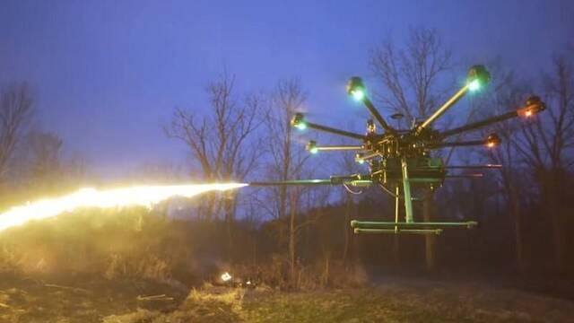 Un dron lanzallamas gracias a este accesorio de 1500 dólares