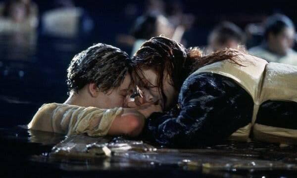 Leonardo DiCaprio y su respuesta sobre la escena final de Titanic