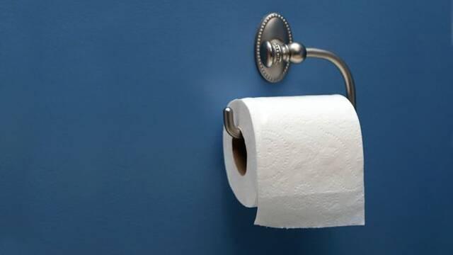 Se acabaron las dudas existenciales: Así se coloca el papel higiénico