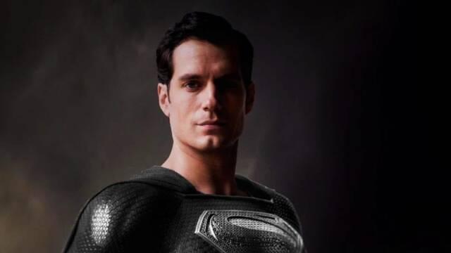 Justice League: Teaser con Superman y su traje negro, y fecha del tráiler