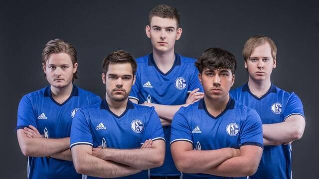 El Schalke 04 no venderá su plaza en Challenger Series