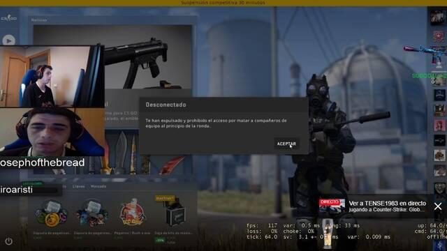 Un streamer español de CS:GO destroza su teclado en un ataque de rabia