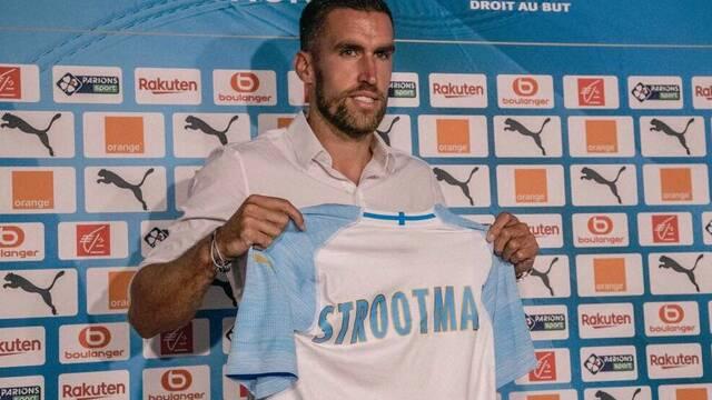 El Olympique de Marsella presenta a su nuevo futbolista homenajeando a Fortnite