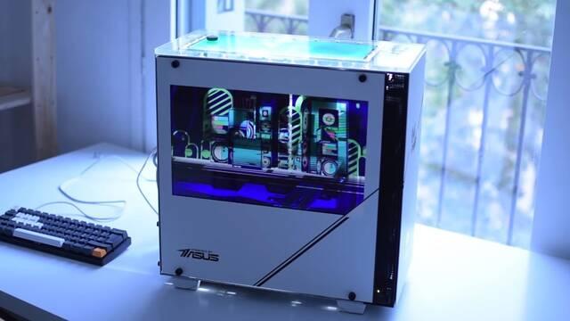 El PC Modding de los viernes: El ordenador de Rick y Morty… ¡Con efecto holograma!
